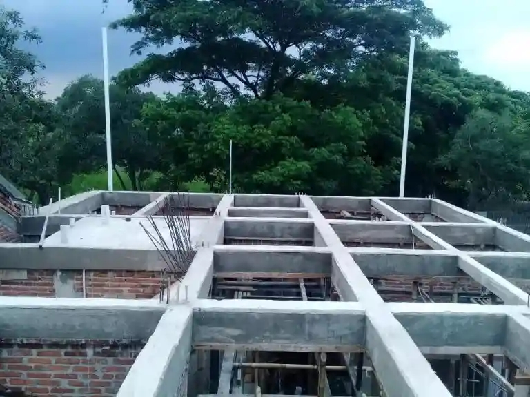 persiapan struktur panel lantai balokan